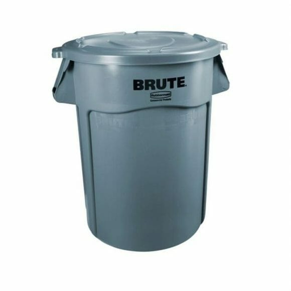 Brute Trash Bin w/ Lid 32gl